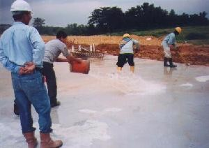Cleaning of concrete slab surface to receive waterproofing coating
